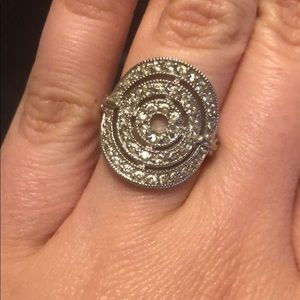 Jewelry - Ring Size 7
